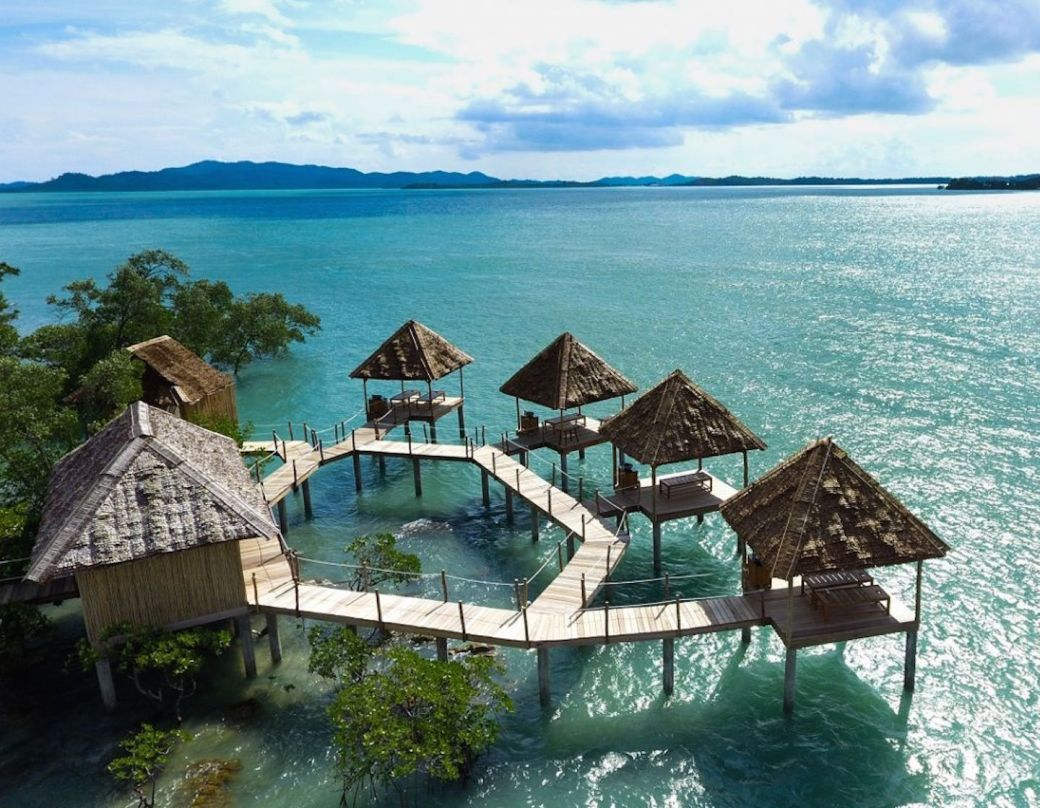 island-getaways-no-flights-singapore-telunas-resorts-hero-180207